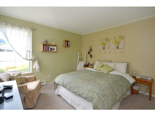 13-689 Park Rd master bedroom