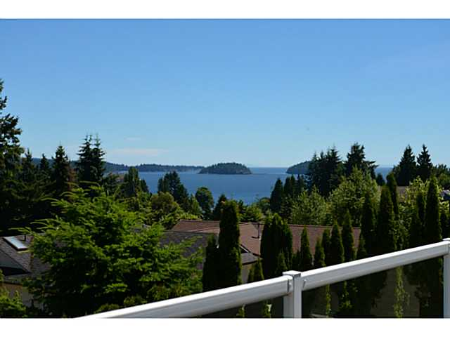 794 Bayview Heights front deck view
